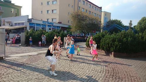 zumbowali_na_srodmiejskiej02